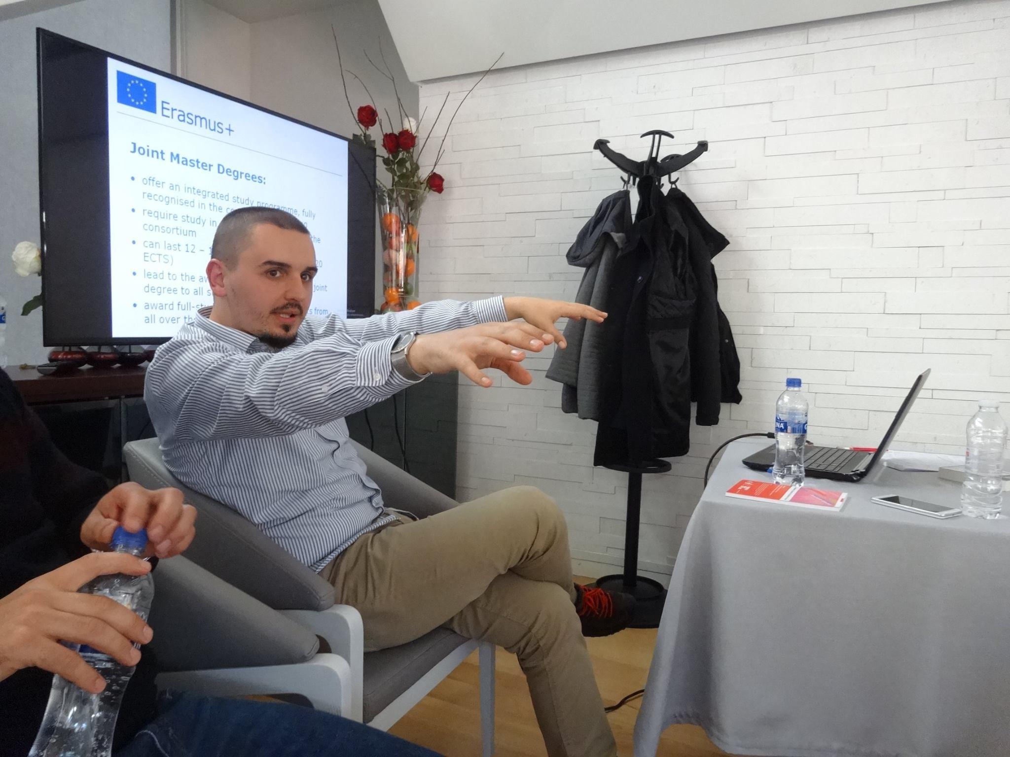 Armando Memushi, anetari i EU Policy Hub