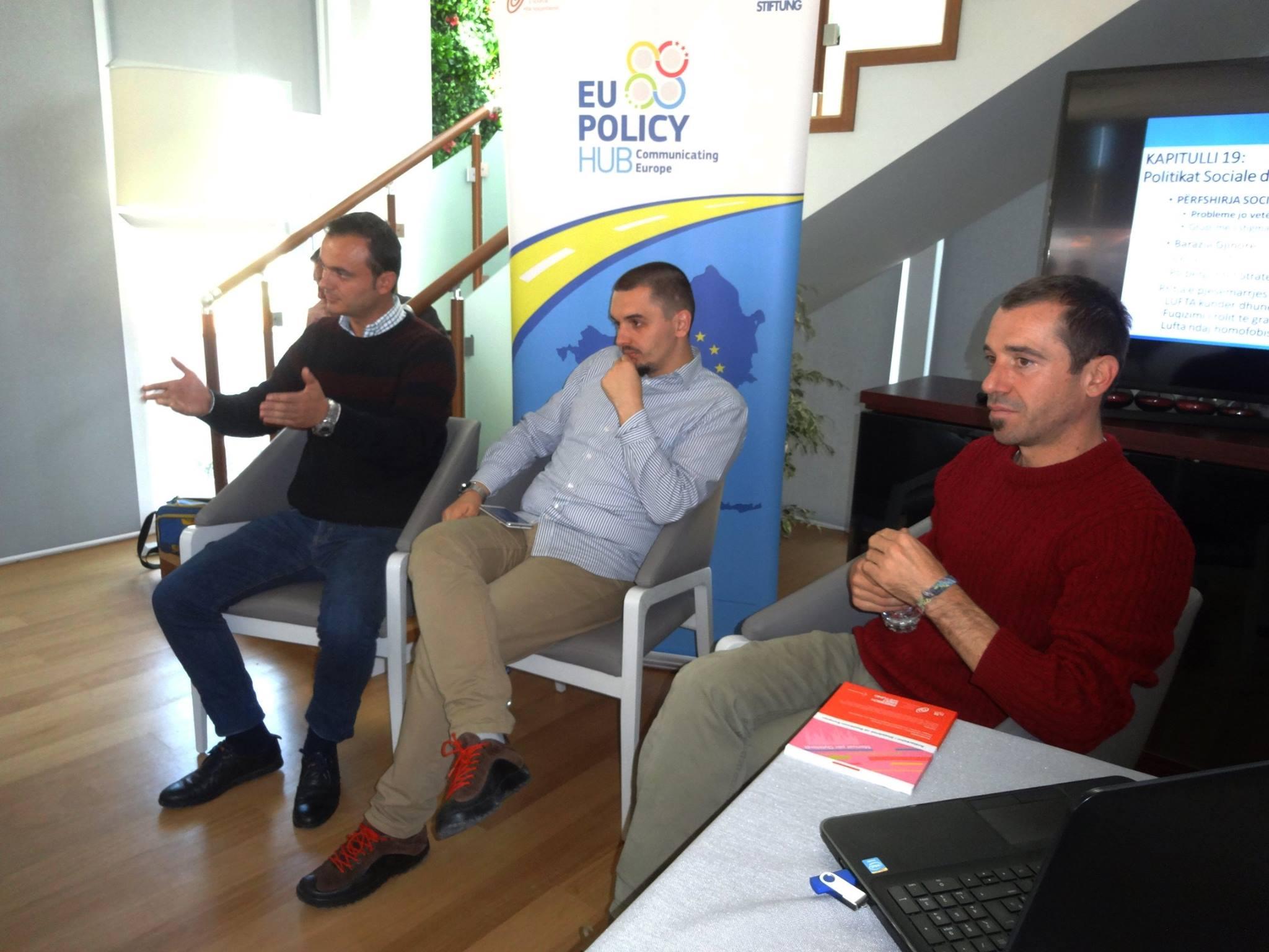 Inxhinieri i mjedisit, Mirjan Topi dhe dy anetaret e EU Policy Hub, Armando Memushi dhe Besnik Baka